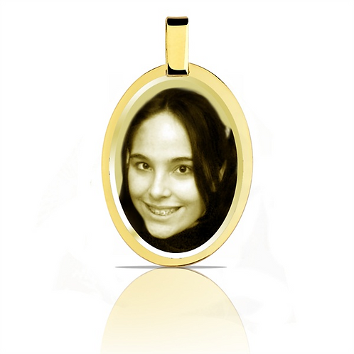Pingente personalizado ovalado folhado dourado.