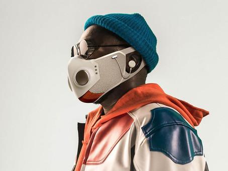 """Integrante de """"Black Eyed Peas"""" crea el primer cubrebocas con audífonos😱🎧😷"""