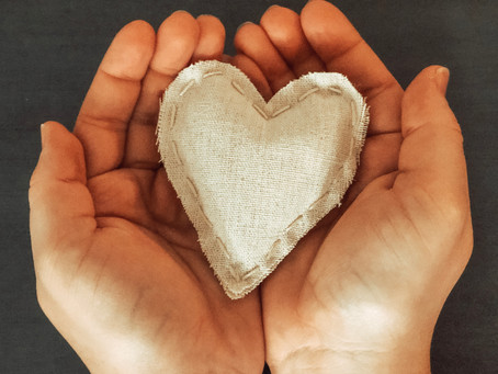 D.I.Y Puffy Hearts