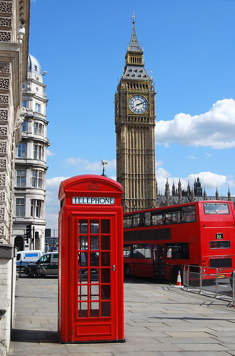 red-telephone-box-with-big-ben-sunny-day