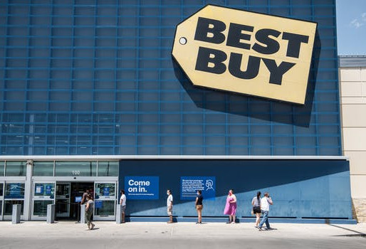 Best Buy Hikes Minimum Wage to $15, Sales Pp 15% Since Reopening Stores