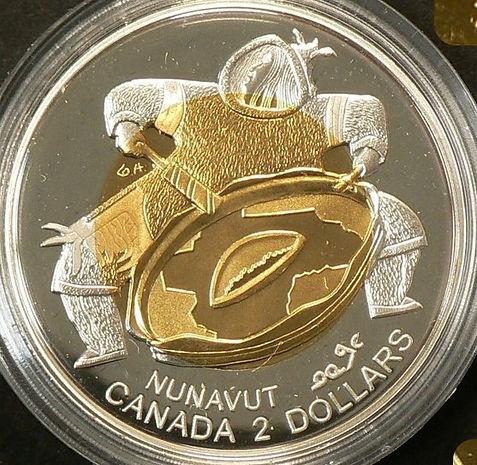 2 dollars Nunavut 1999 centre 22K or