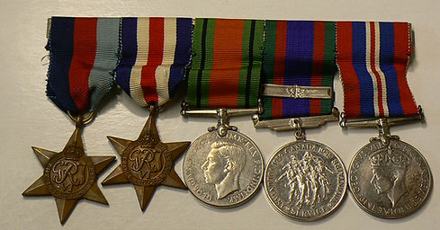 Médailles de la guerre 1939-1945 1939-1945 War Medals