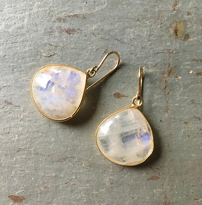 Large smooth moonstone drops earrings gold