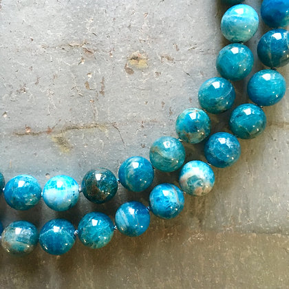Apatite round bead long necklace