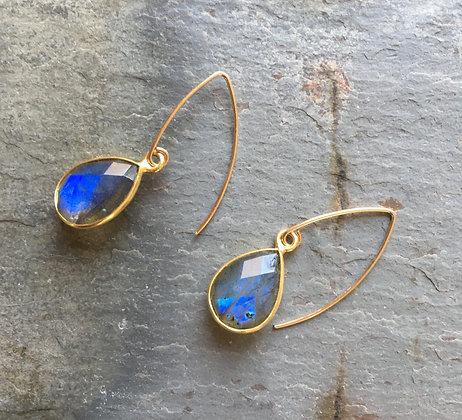dazzling blue labradorite gold set earrings