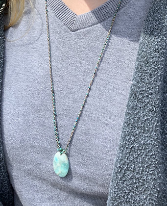 shades of ocean crochet and pendant necklace