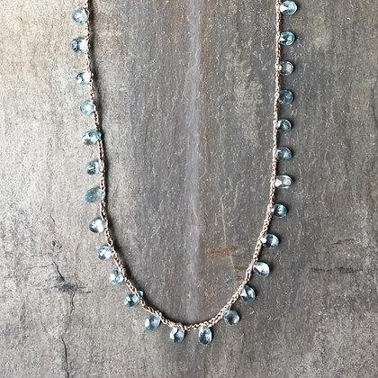 aquamarine glimmer necklace