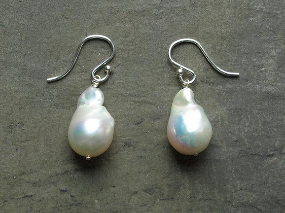 E029 Baroque Pearl Earrings