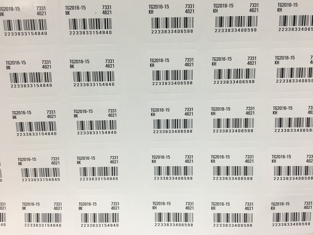 เลือกกระดาษสติ๊กเกอร์ให้เหมาะกับพื้นผิววัสดุ