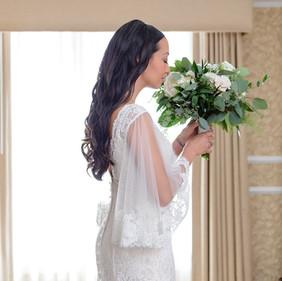 THE ELEGANT BRIDE