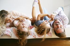 Cheerful-family-mazinta_edited.jpg