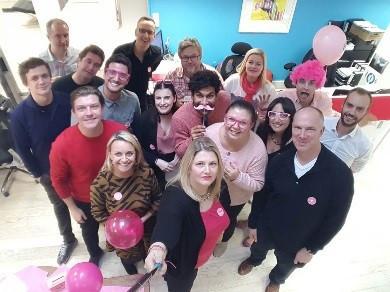 Aurora Media Worldwide – Wear it Pink