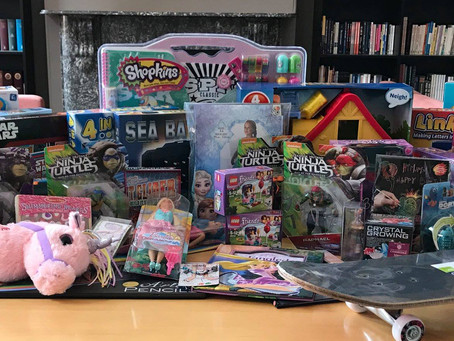Christmas Gifts for the Children of the Mirabel Foundation