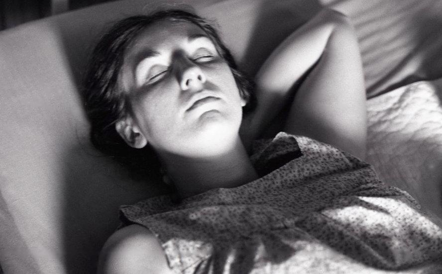 SUSAN, PREGNANT, CAPE COD 1974