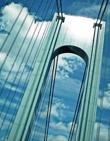 VERAZZANO BRIDGE, NEW YORK CITY