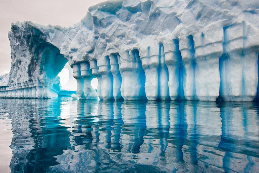 ICEBERG GRAVEYARD #75 (ANTARCTICA)