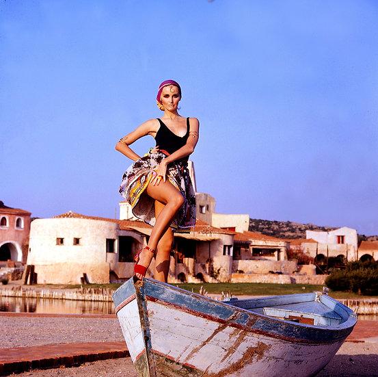 Samantha Jones, Sardina, for Time, 1969