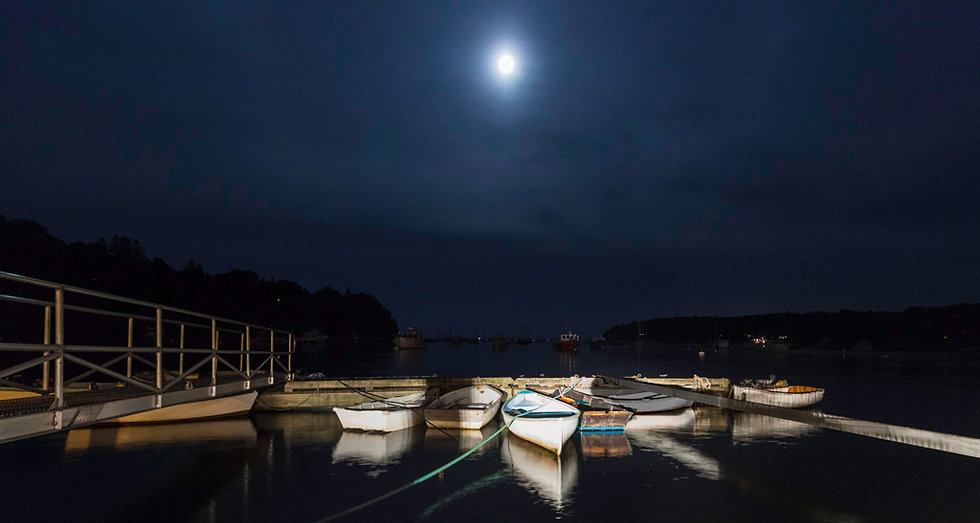 ROCKPORT UNDER THE MOON