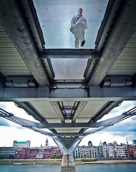 BRIDGE UNDER LONDON