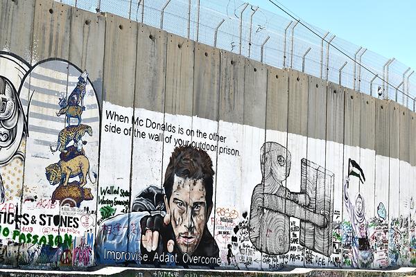 13.3 B'ham Wall 1409 [6x4].png