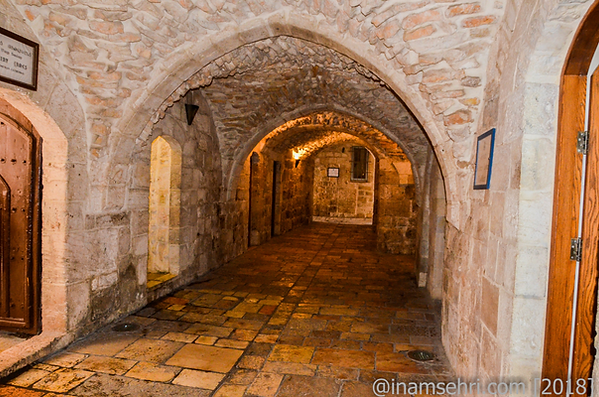 15.98 Inside St James Church 108 [6x4].p