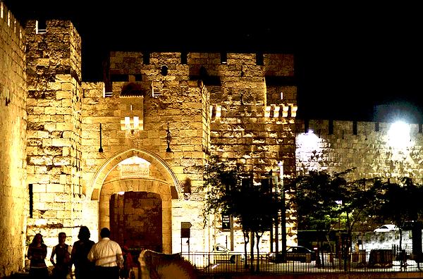 6.19.1 Jaffa Gate 1319 [6x4].png
