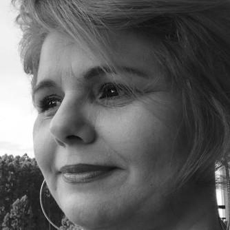 Karla Lessa