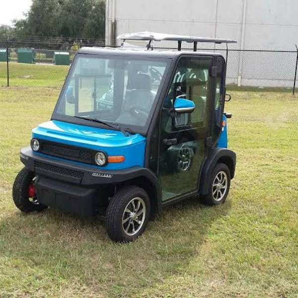 crown view blue golf cart with ac.jpg