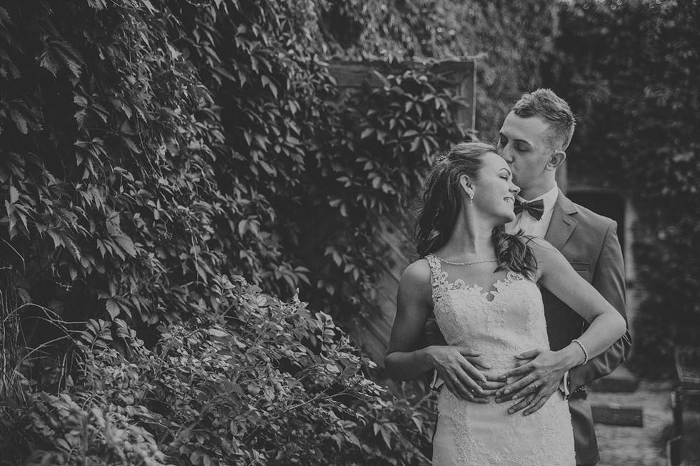 Ela + Rafał | Czarno - biały reportaż ślubny