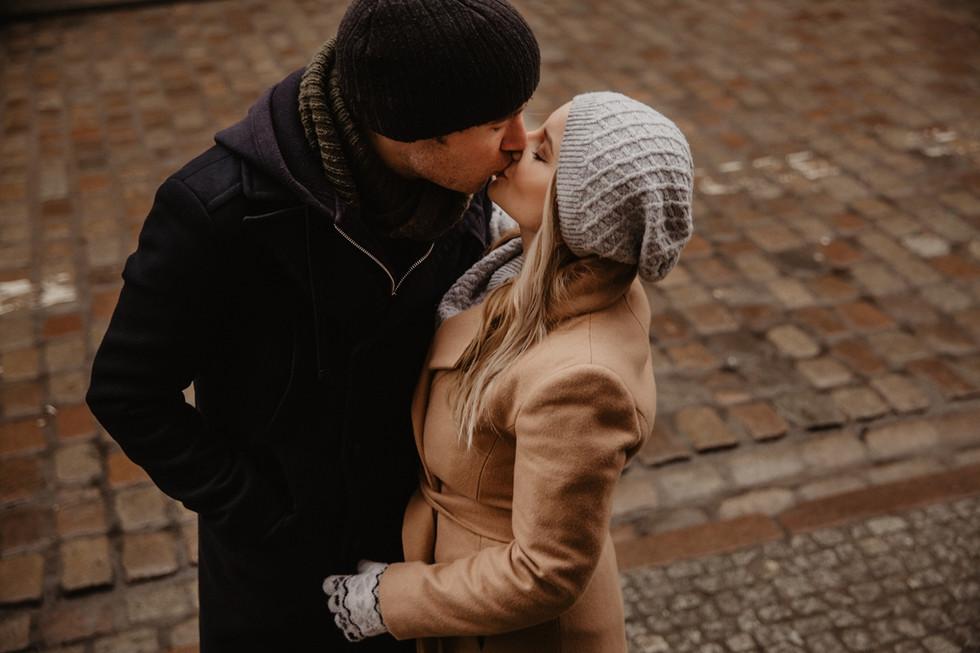 Daria + Aidy Love | Zimowa sesja narzeczeńska Gdańsk