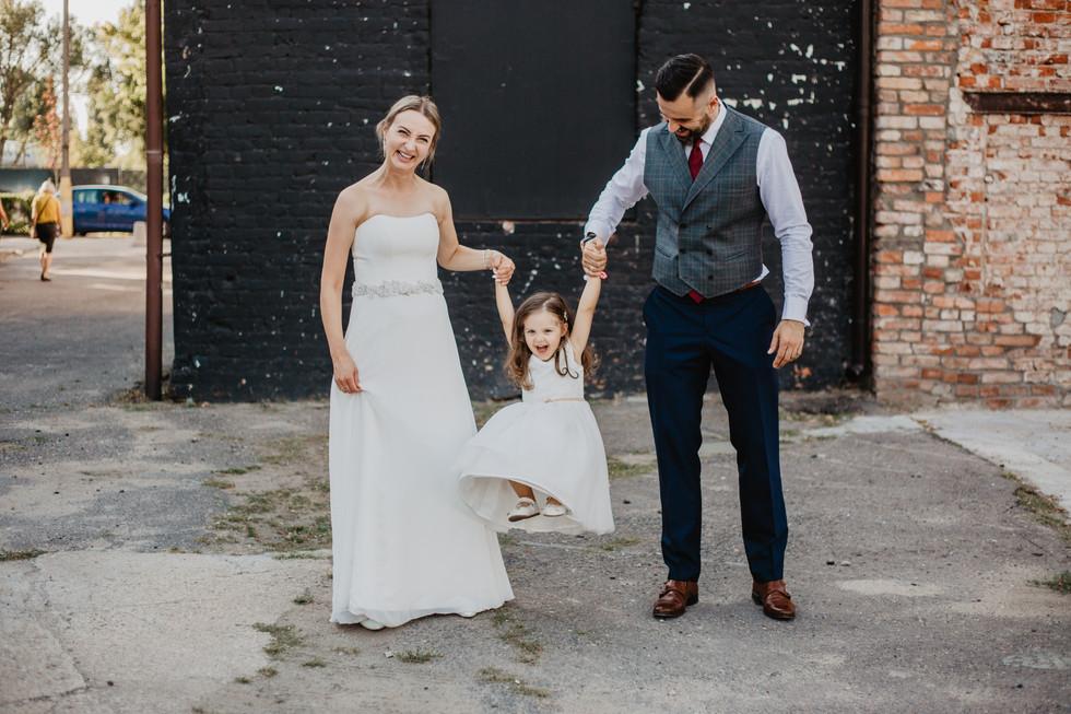 Magda + Krzysiek | Sesja poślubna z dzieckiem
