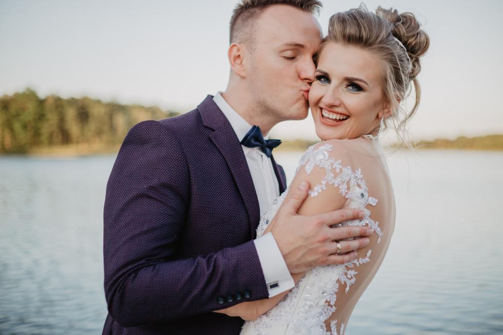 Jowita + Marcin | Wesele pod namiotem nad brzegiem jeziora