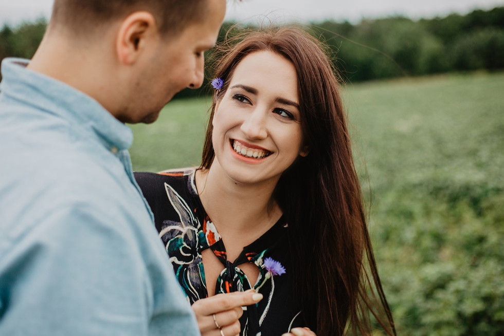 Paulina + Michał | Sesja narzeczeńska w lesie