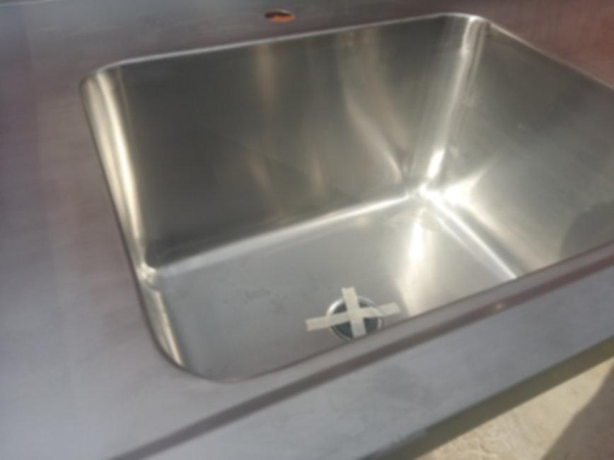 Bacha piletón indutrial mesada de acero inoxidable 1400x750x850mm gastronomía laboratorios redondeada sanitaria anti bacterial