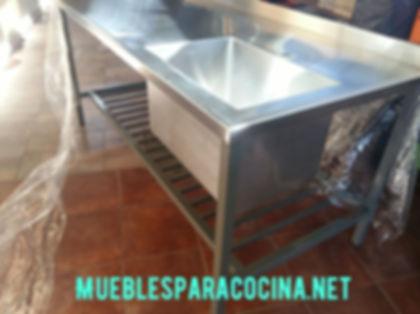 Mesada de acero inoxidable a medida especial qurúrgico 1900x900x900mm bacha piletón con traforo monocomando
