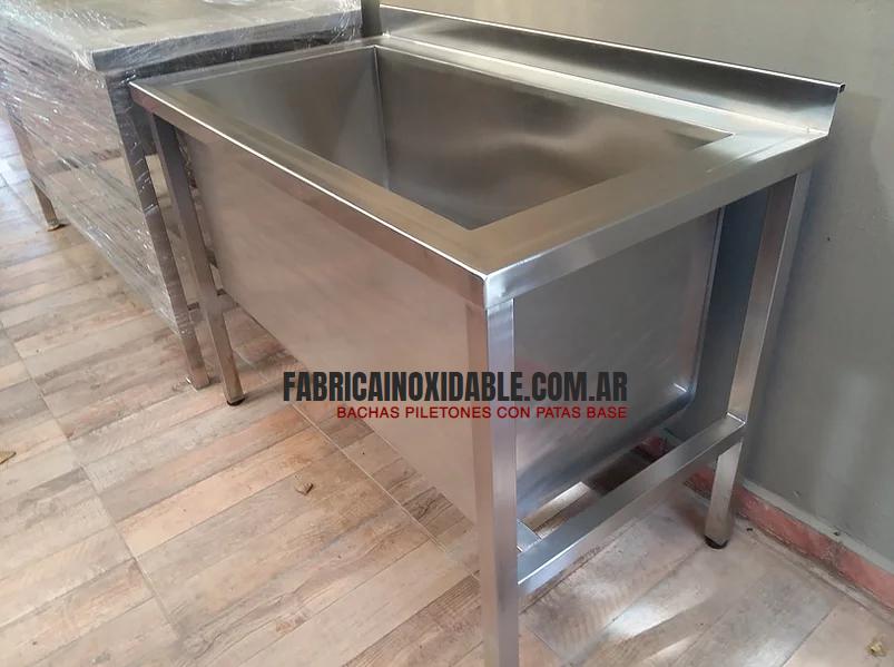 bacha-pileton-industrial-patas-base-acero fabrica hospitales veterinarias ollas bandejas gastronomia