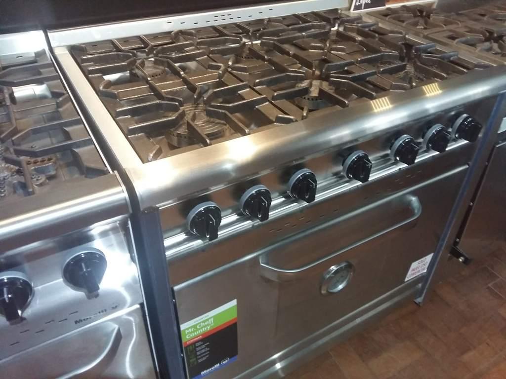 Cocinas industriales Morelli 6 hornallas para tu casa country Forza con encendido electrico hornalla estrella