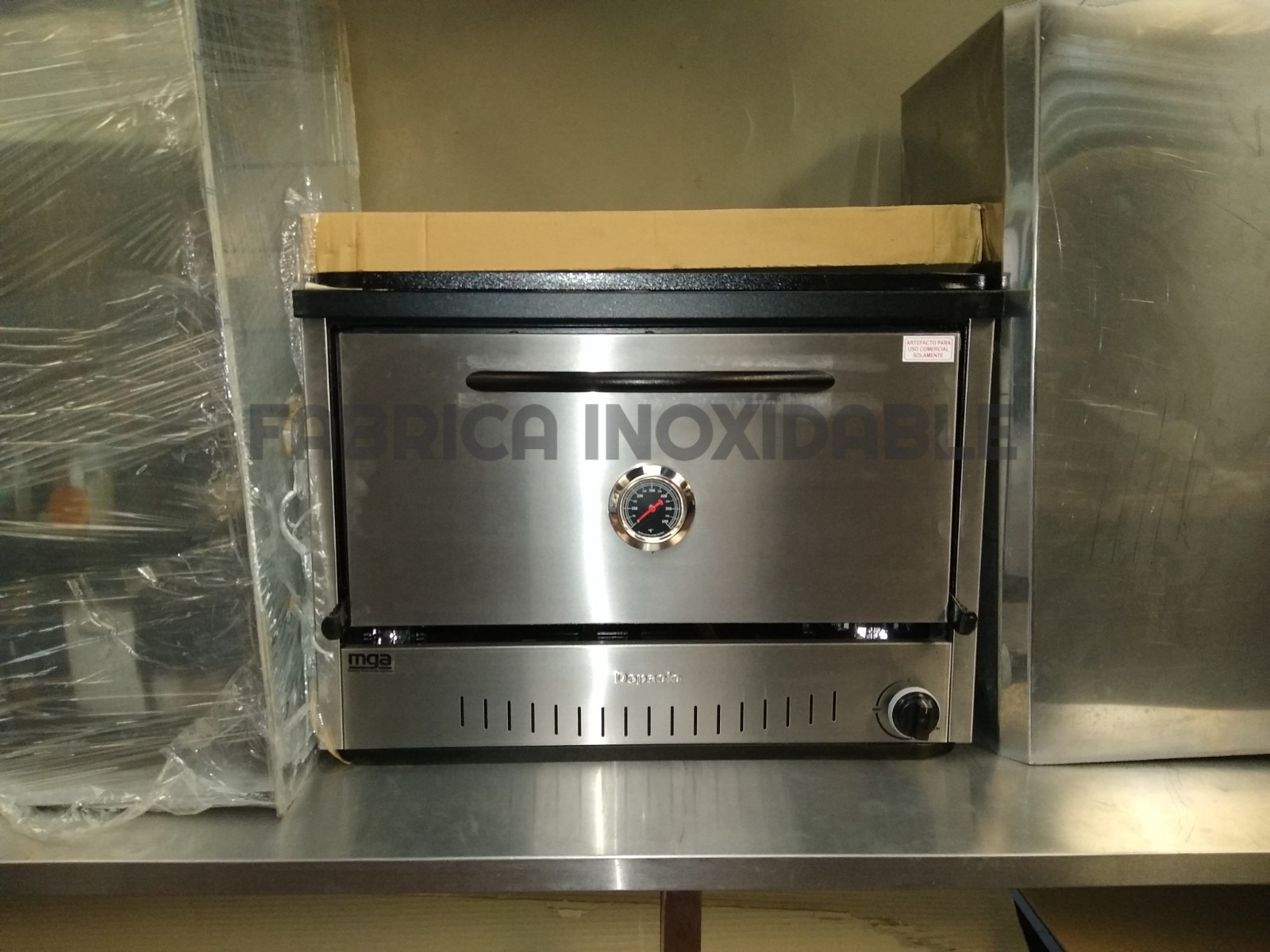 Horno pizzero 6 moldes acero inoxidable con reloj pirometro lechon