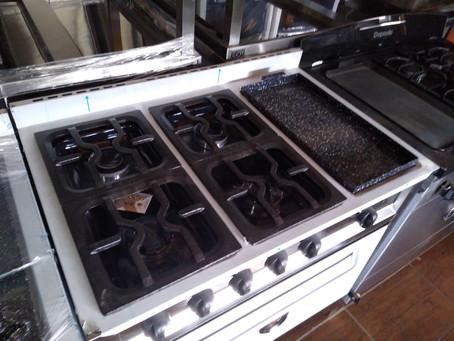 Oferta cocina industrial 90 cm 4 hornallas + plancha bifera doble