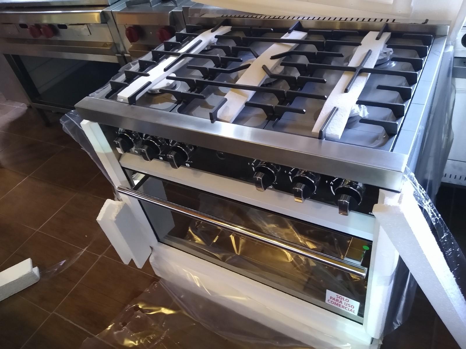 Zafira 900 Cocinas Morelli modernas para tu casa o quincho