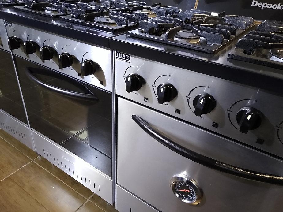 Cocinas industriales Depaolo mini 4 hornallas fundicion de hierro horno pizzero trabajar con piedras visor o termometro