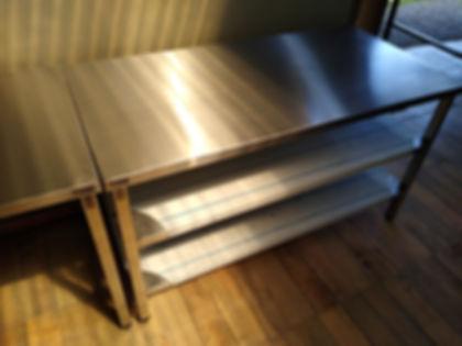 mesada de acero inoxidable fabrica offimaquinas dos estantes inferiores