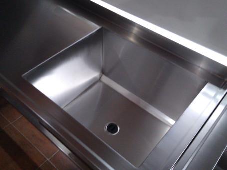 Mesada de acero inoxidable con estante inferior o sin estante fábrica estándar y a medida