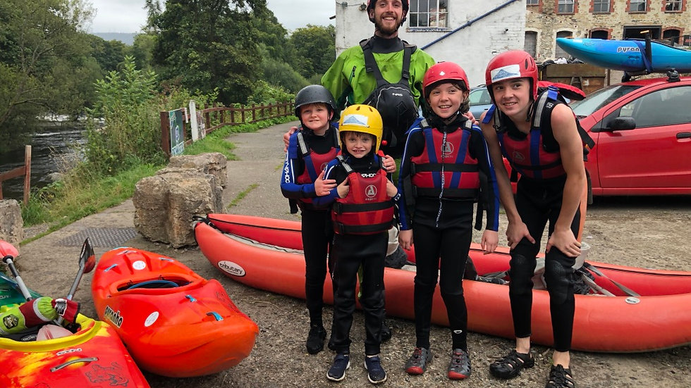 Kayaking Family & Friends Day (Up to 8 People)
