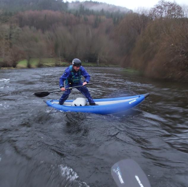 tricks-dee-river-kayaking.jpg