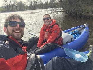 happy-paddlers-dee-river-kayaking.jpg