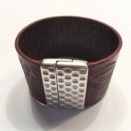 40mm Engraved Bordeau Cuff with Hammered Clasp