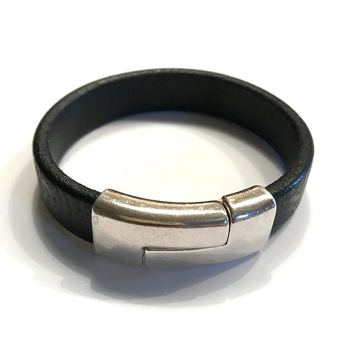 Black Engraved Leather with Large Silver Quarter Clasp Bar