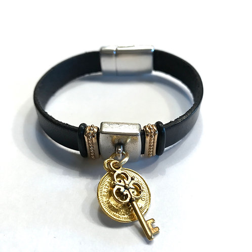 10mm Black with Gold French Coin & Key